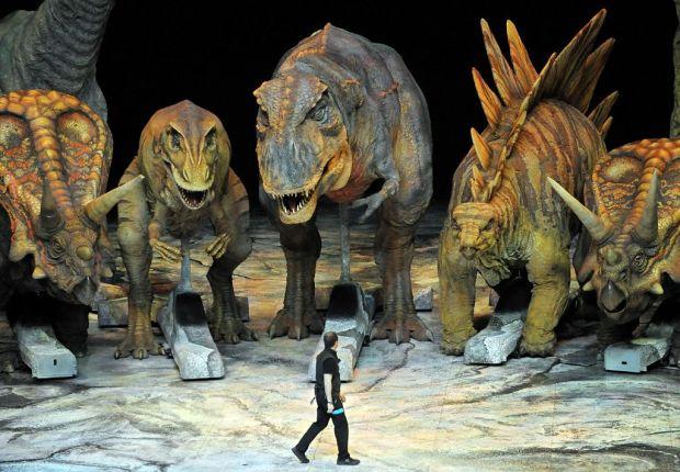Прогулки с динозаврами (видео)